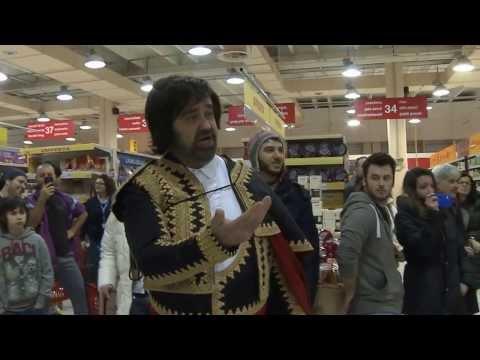 Video FLASH MOB del cast di CARMEN di Bizet tra le corsie del supermercato Auchan - 19 gennaio 2014 download in MP3, 3GP, MP4, WEBM, AVI, FLV January 2017
