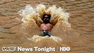 Video India Wants To Use Flesh Eating Turtles To Rid The Ganges Of Decomposing Bodies (HBO) MP3, 3GP, MP4, WEBM, AVI, FLV Maret 2019