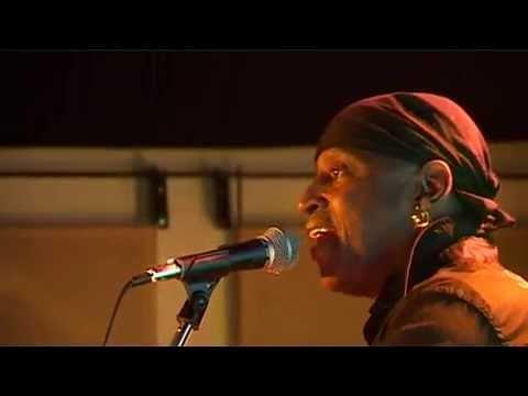 """La negra tomasa – Mandinga"" Fretless live"