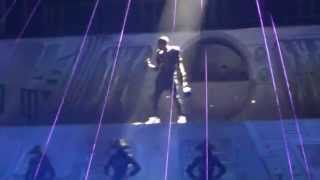 Chris Brown - Beautiful People [Live Concert In Berlin O2 World 22.11.2012] HD