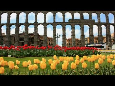 Segovia A walking tour around the city – Un paseo por la ciudad