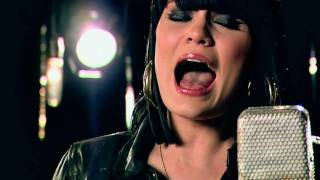 Jessie J - Big White Room (Live Acoustic Music Video) w/ lyrics