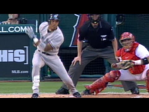 Video: 2005 ALDS Gm1: Cano hits bases-clearing double