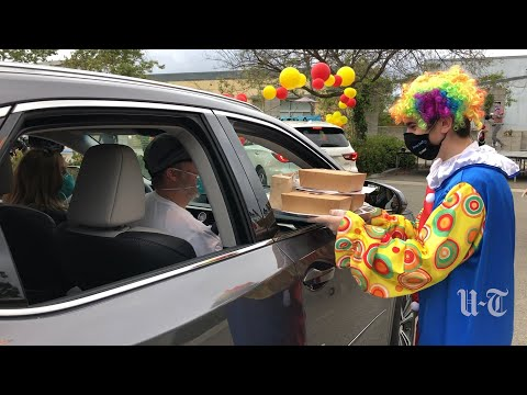 Chabad Centers of San Diego host a drive-through circus
