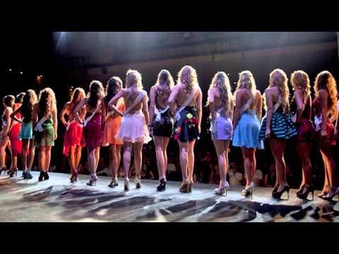 Самые нелепые казусы конкурсов красоты (видео)