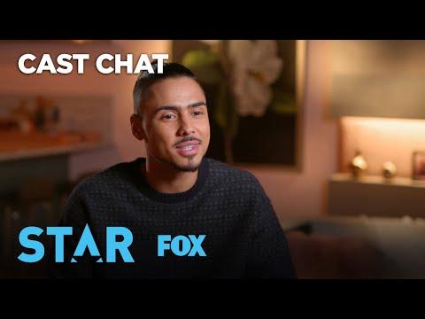 The Lowdown: Derek Undercover | Season 3 | STAR