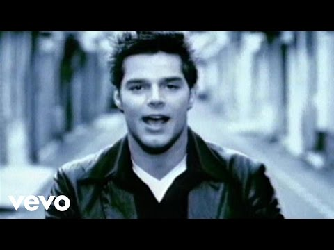 Ricky Martin: María (Spanglish Video Remastered)