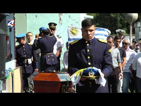 Se cumplió el sepelio del policía Juan Oviedo asesinado en Quebracho