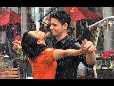 Aiyaary | Sidharth Malhotra And Rakul Preet Singh Romance in Rain