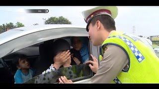 Video Modus Masyarakat Ajak Selfie Polisi Cantik dan Ganteng - 86 MP3, 3GP, MP4, WEBM, AVI, FLV Juni 2018