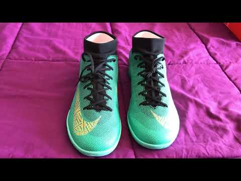 Unboxing - Nike MercurialX Superfly VI Academy CR7 IC (HD)