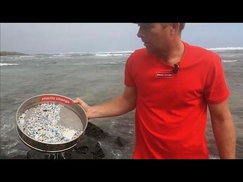 Πού πηγαίνουν τα πλαστικά που ρίχνουμε στη θάλασσα;