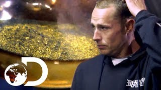 Video Finding $15,000 Worth of Gold...But There's a Problem   Gold Divers MP3, 3GP, MP4, WEBM, AVI, FLV September 2019