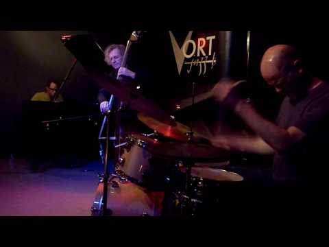 Matthew Shipp Trio @ the Vortex 17.2.11 online metal music video by MATTHEW SHIPP