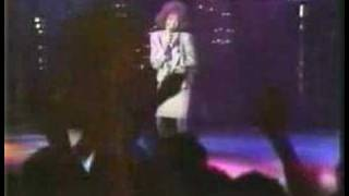Whitney Houston - How Will I Know (Montreux)
