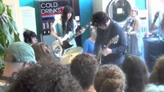 Jack White at a laundromat in Portland, OR