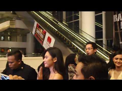 Jefri Nichol & Indah Permatasari Tebar Kedekatan di Premiere AKU BENCI DAN CINTA