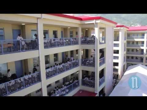 Le nouveau b timent du coll ge marieanne free video and for College canape vert haiti