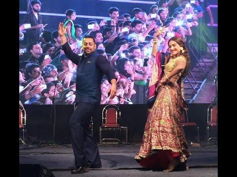 When Salman Khan played Garba in Ahmedabad