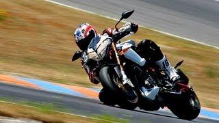 5. Monza: Benelli TnT R160 vs MV Agusta Brutale 1090RR