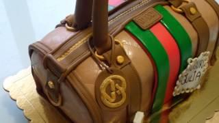 Download Lagu Torta a forma di borsa Gucci. Mp3