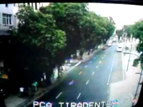 Veja o exato momento da exploso no restaurante do Rio de Janeiro que matou 3 pessoas.wmv