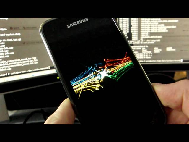 First boot assistant - supercurio show Galaxy S running Google Nexus S Kernel and Gingerbread