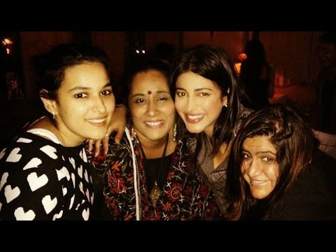 Watch How Shruti Haasan celebrates her 29th birthday