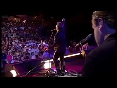 Tritt - Travis Tritt jams live in concert in this unreleased TV performance at Ft. Loramie, OH in 2008. Originally uploaded in clips by David Northrup. I've re-uploa...