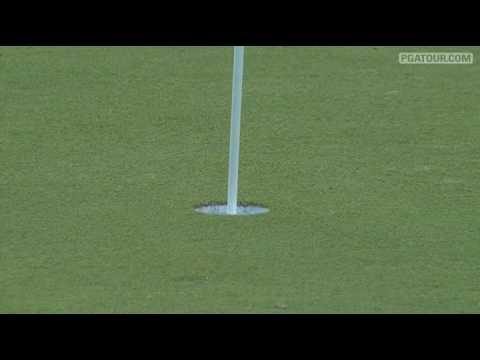 Phil Mickelson chips in twice at Doral '09