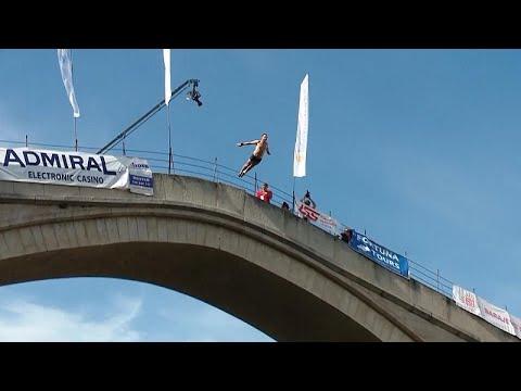 Κατάδυση από την γέφυρα του Μόσταρ