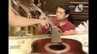 Ayutuxtepeque. Artesanos De Instrumentos De Cuerda (2005)
