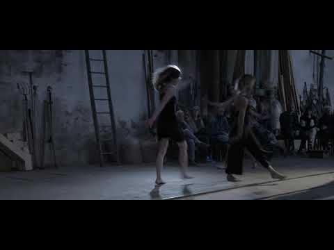 AMAWAY 6 – Performance