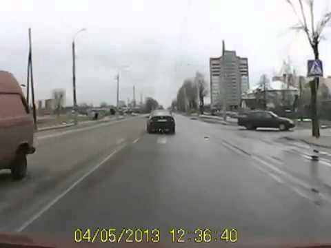 Авария  Мужику повезл (видео)