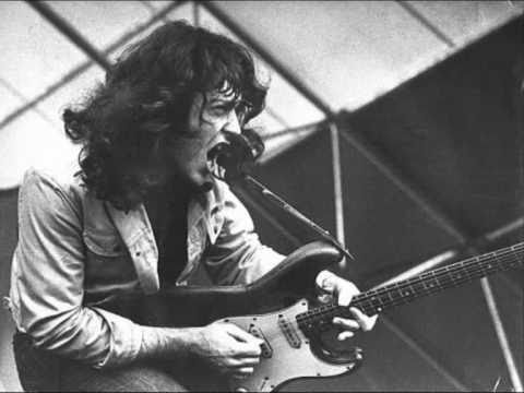 steveuk17 - Rory Gallagher performing in New York , September 8th 1974 . Set List : 1 - Tattoo'd Lady . 2 - Early In The Morning . 3 - Cradle Rock . 4 - Just A Little Bi...