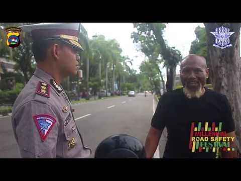 Pak Ndul tidak pakai helm dan tidak membawa surat2 kendaraan bermotor