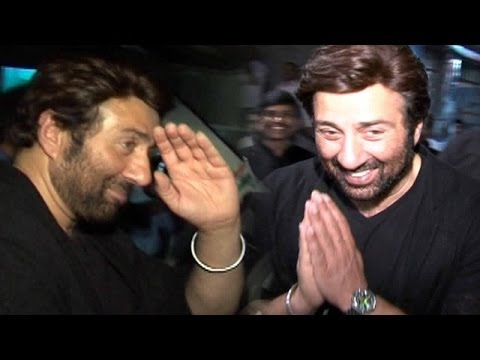 Sunny Deol Meets Fans At Premier Of Singh Saab The