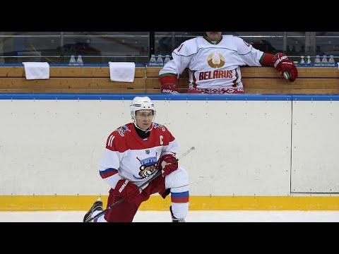 Roter Platz: Putin spielt Eishockey bei Freundschafts ...
