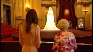 Video Queen and Duchess view Royal wedding dress MP3, 3GP, MP4, WEBM, AVI, FLV April 2018