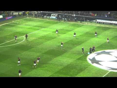Champions League Milan - Barcellona 20/02/2013 Ingresso del Milan in campo per il riscaldamento