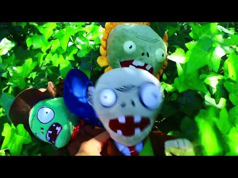 Plants Vs. Zombies Plush: Peashooter And Paco's Adventure- Forest