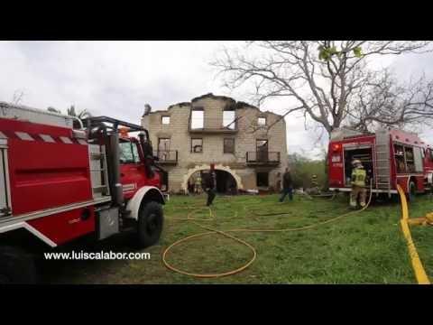 Incendio de caserio en Muxika. Bizkaia.