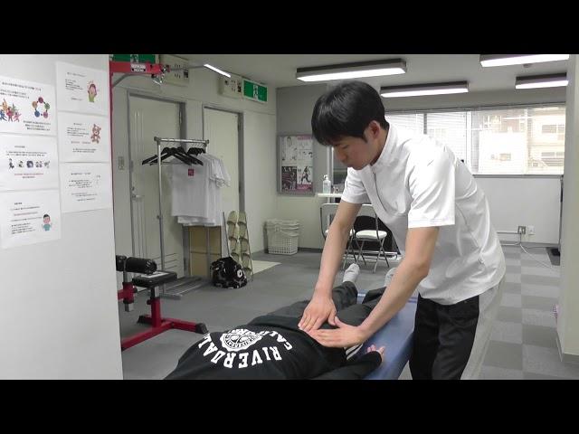 【施術動画】おなかの整体 5 便秘・冷え症からくる腰痛には大腸・小腸をリリースする