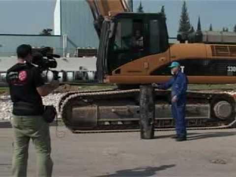Pexgol pipe run over by 36 Tons caterpillar