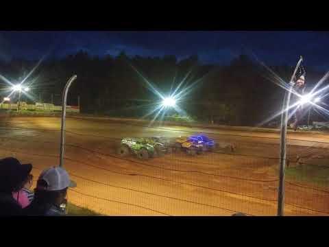 Monster trucks tricounty racetrack 2017