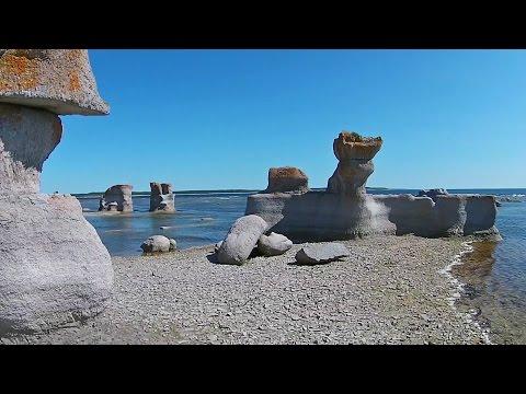 Dream of a Getaway in the Mingan Islands