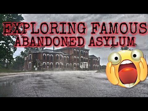 Infiltrating the famous abandoned Century Manor Asylum!