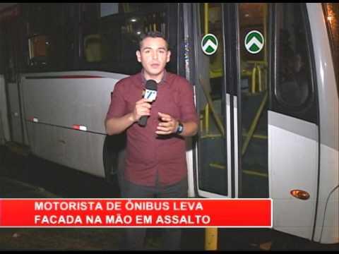 [RONDA GERAL] Motorista de ônibus leva facada na mão durante assalto