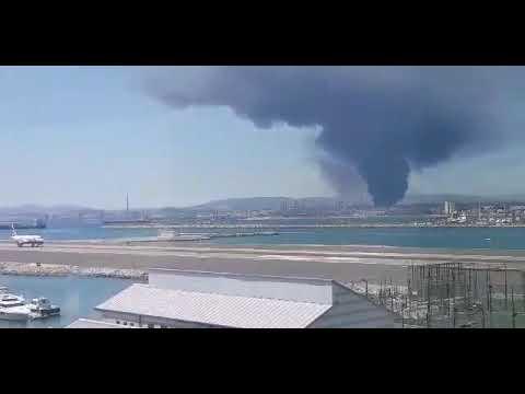 Video - Ισπανία: Τοξικό νέφος από πυρκαγιά σε εργοστάσιο χημικών [Βίντεο]