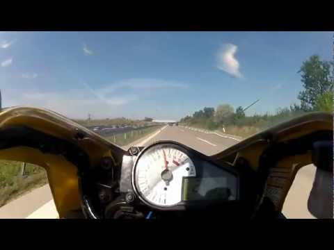 Amazing Display Of Emergency Braking At 150 Mph On The German